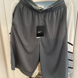 Nike basketball shorts drifit